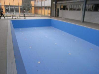ETO úszódemedence kivitelezés (Győr)